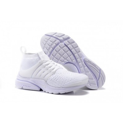 chaussures nike fille blanche